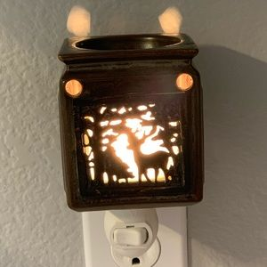 Scentsy Plug in Mini Tart Warmer Deer in Woods